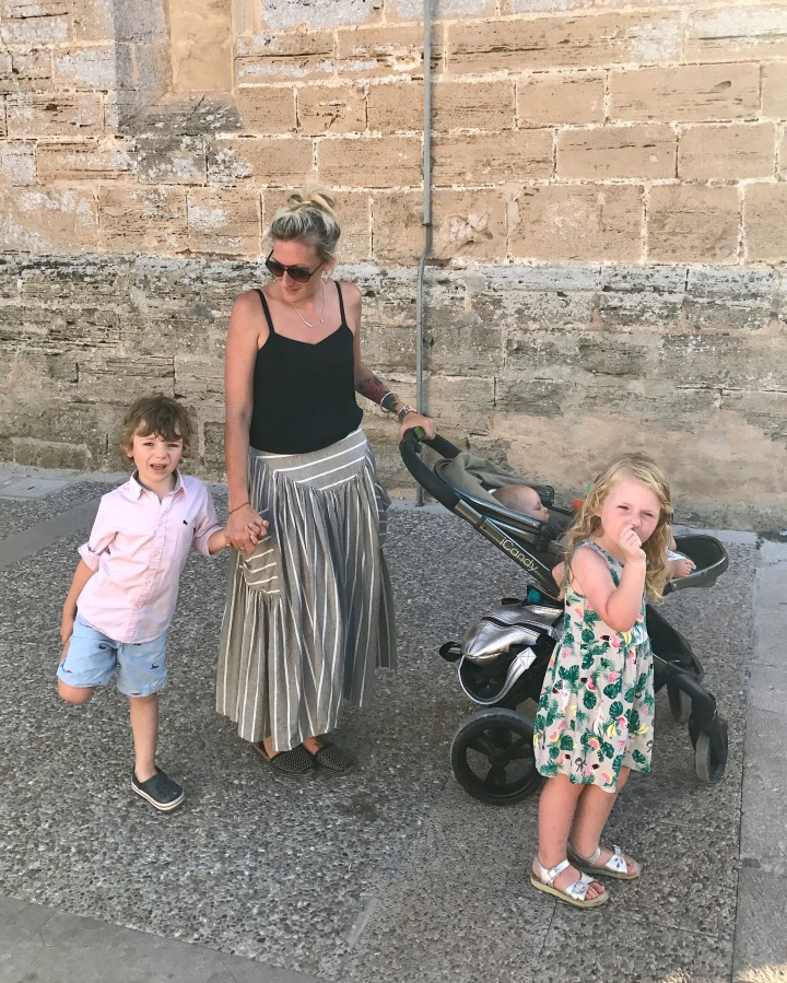 How do I dress like a Mum?